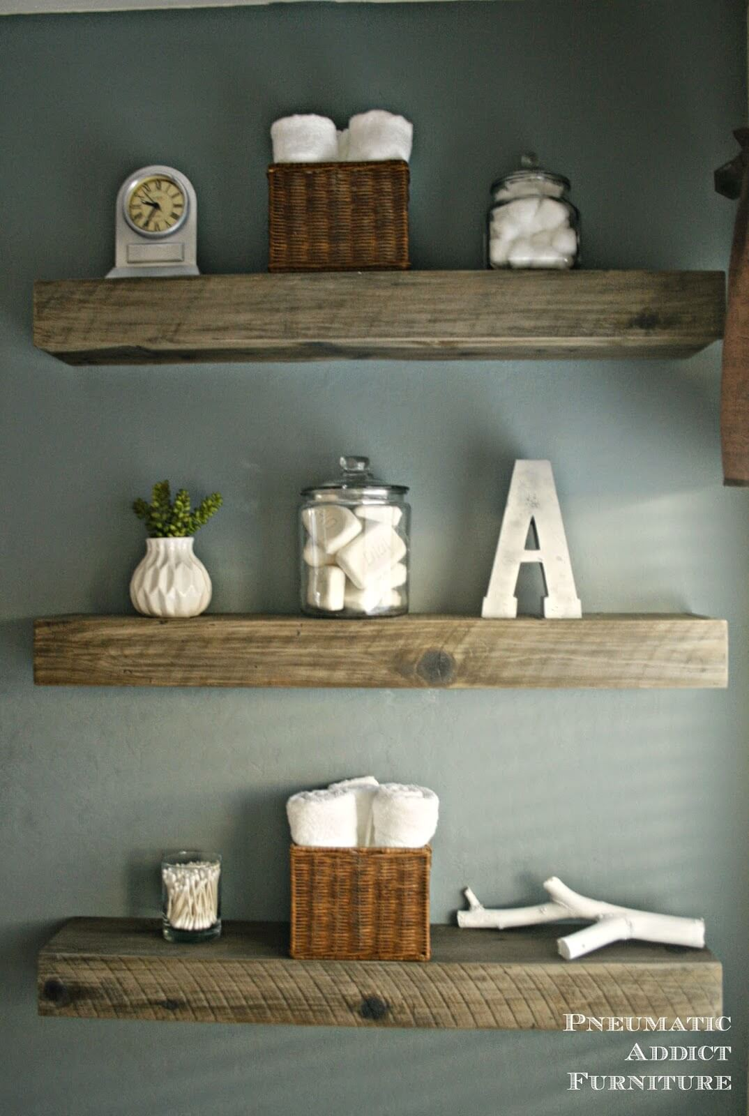 Trio d'étagères à poutres en bois rustique