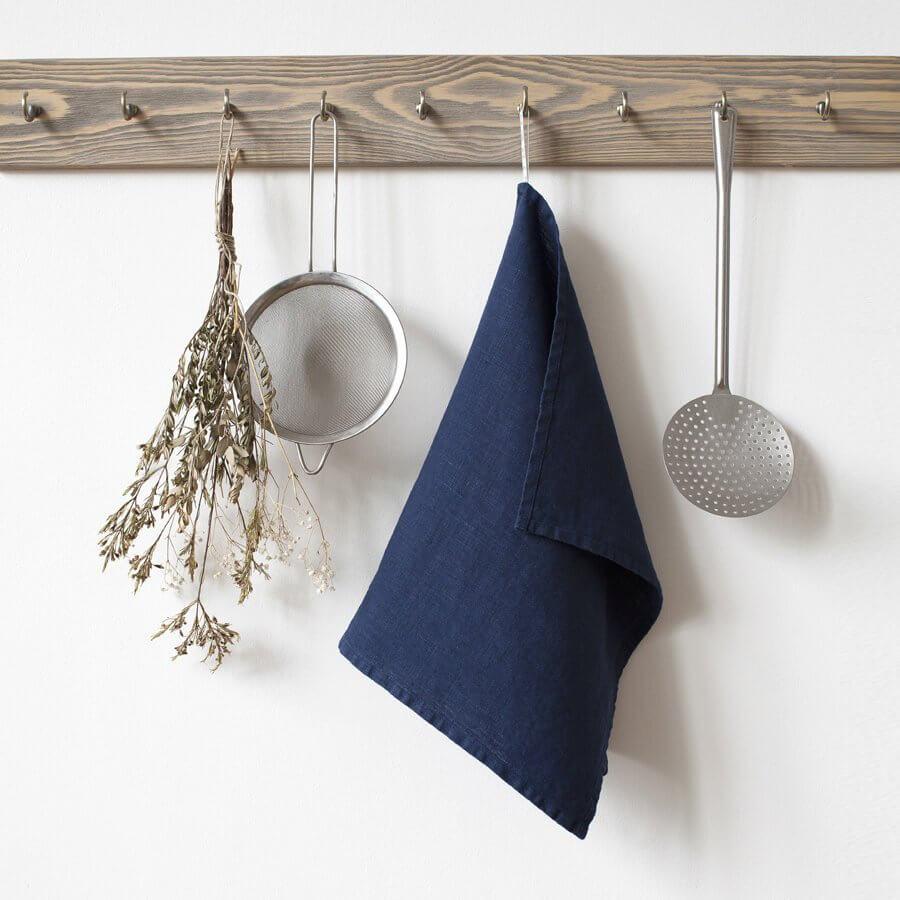 Serviette de cuisine en lin bleu marine