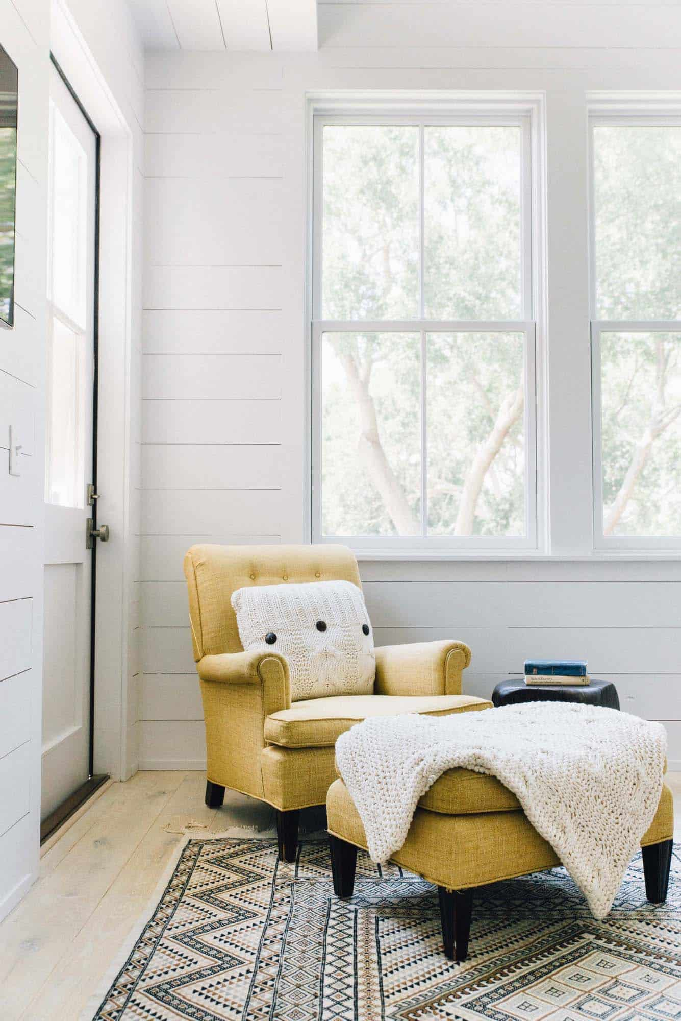 Modern Organic Beach Cottage-Cortney Bishop Design-09-1 Kindesign
