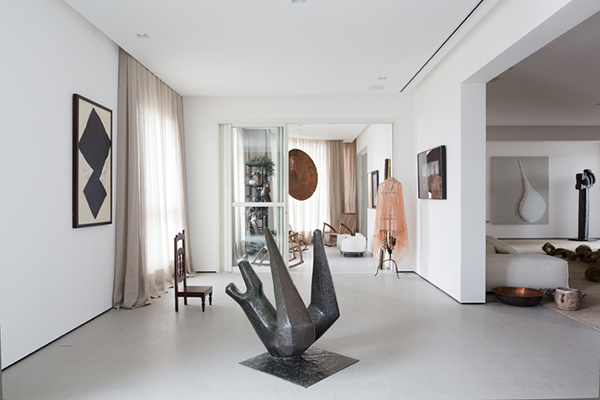 sculpture de chaise