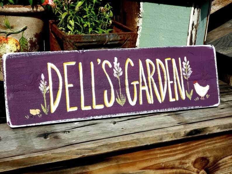 Plum Pretty Painted Chicken Garden signe