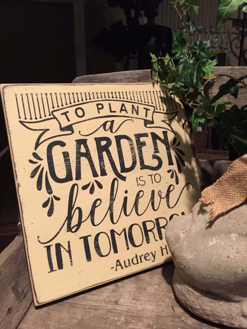 Audrey Hepburn Jardinage Inspiration Vintage Sign