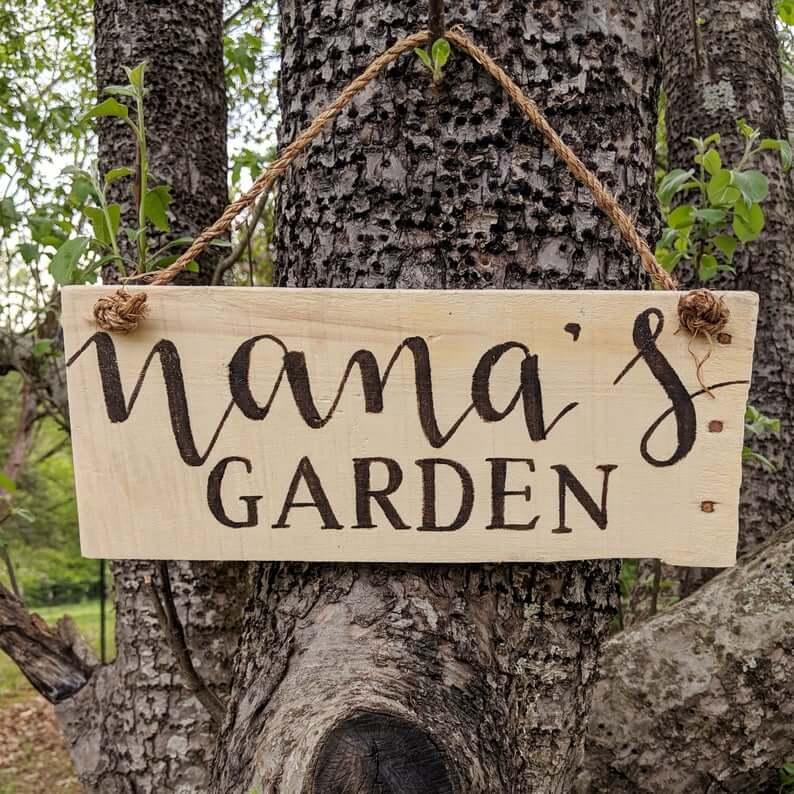 Panneau de jardin simple et rustique de Nana