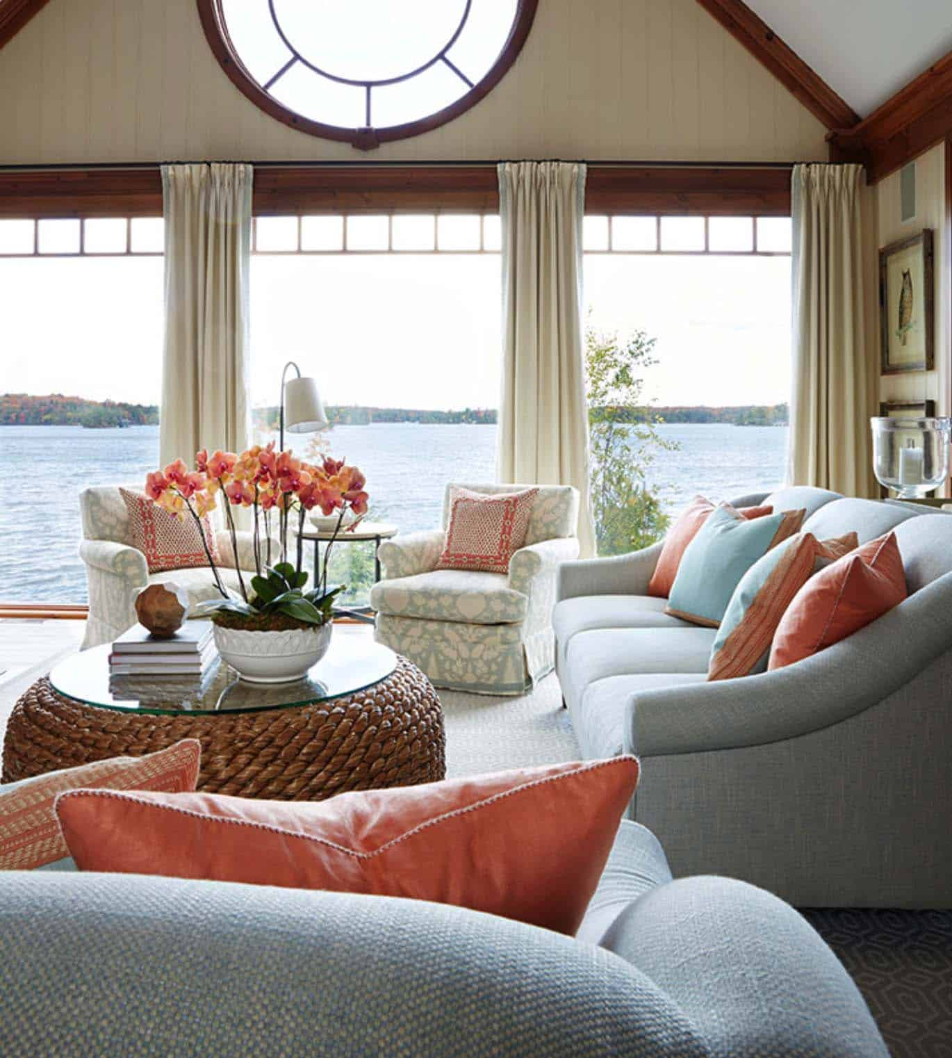 Muskoka Lake House-Anne Hepfer Designs-02-1 Kindesign