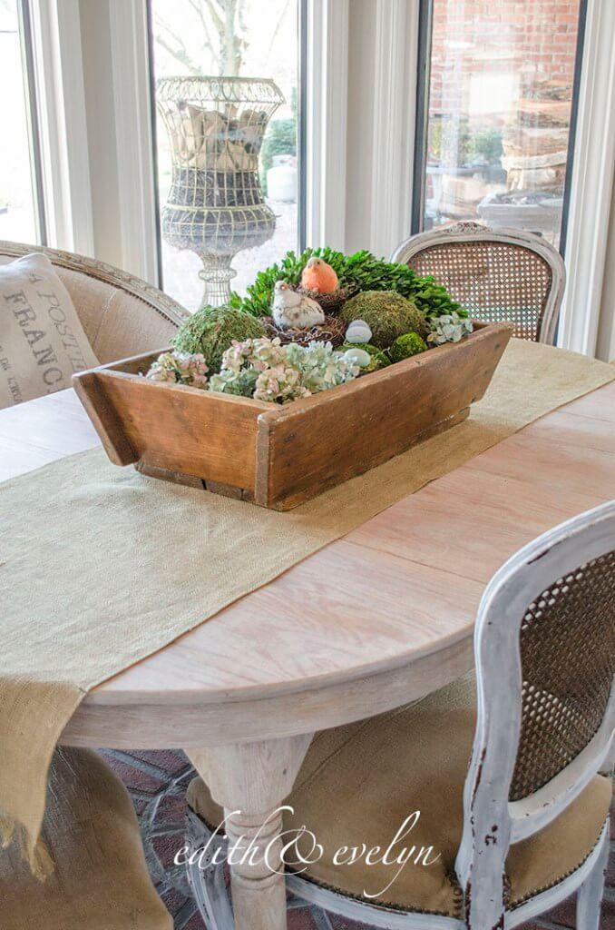Centre de table de jardin en nid d'oiseau abondant