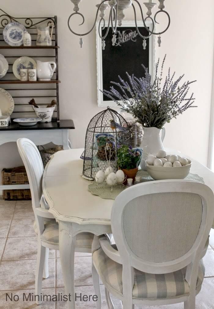 Cage à oiseaux romantique et belle lavande