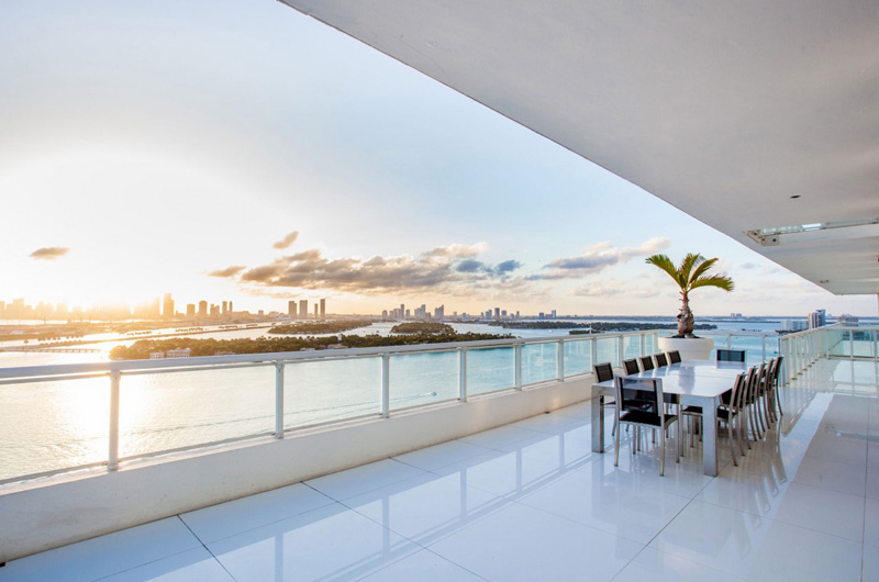 Bentley Bays Penthouse Extérieur 2