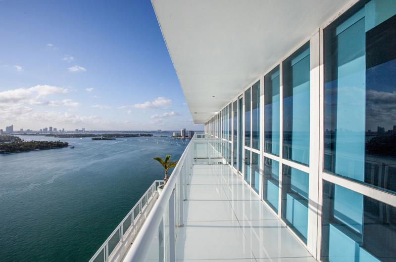 Bentley Bays Penthouse Extérieur 3