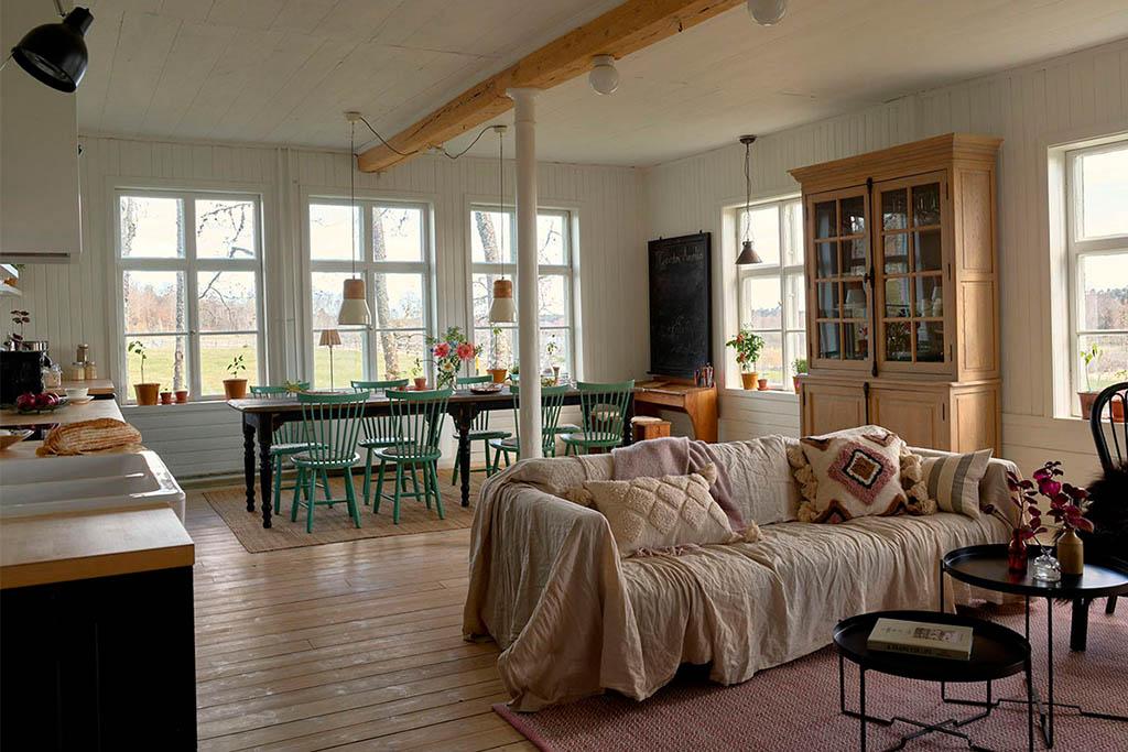 vitrine en bois et verre