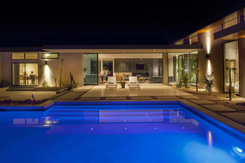 Jardin de la maison de Californie