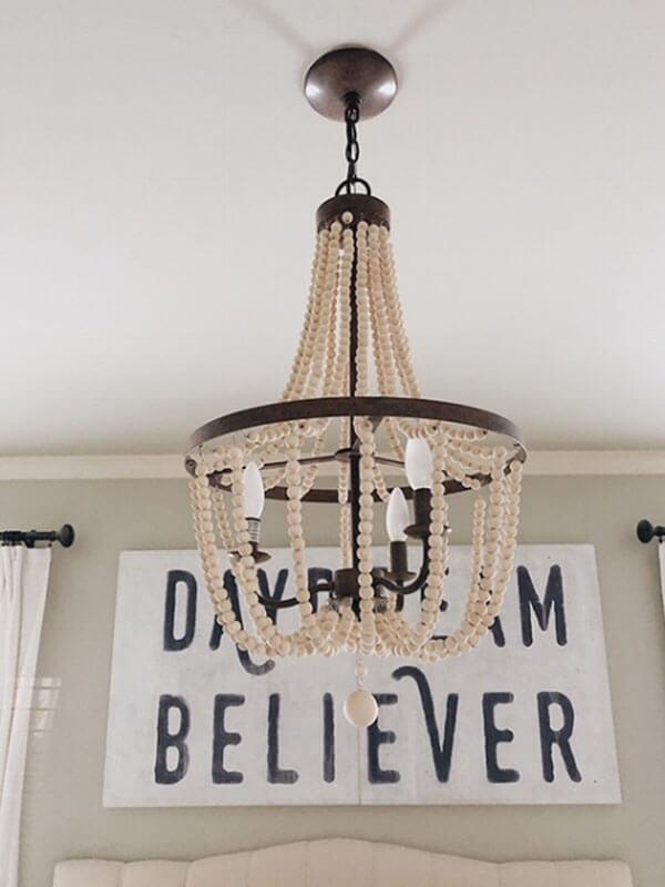 Mise à jour de la chambre avec un lustre romantique