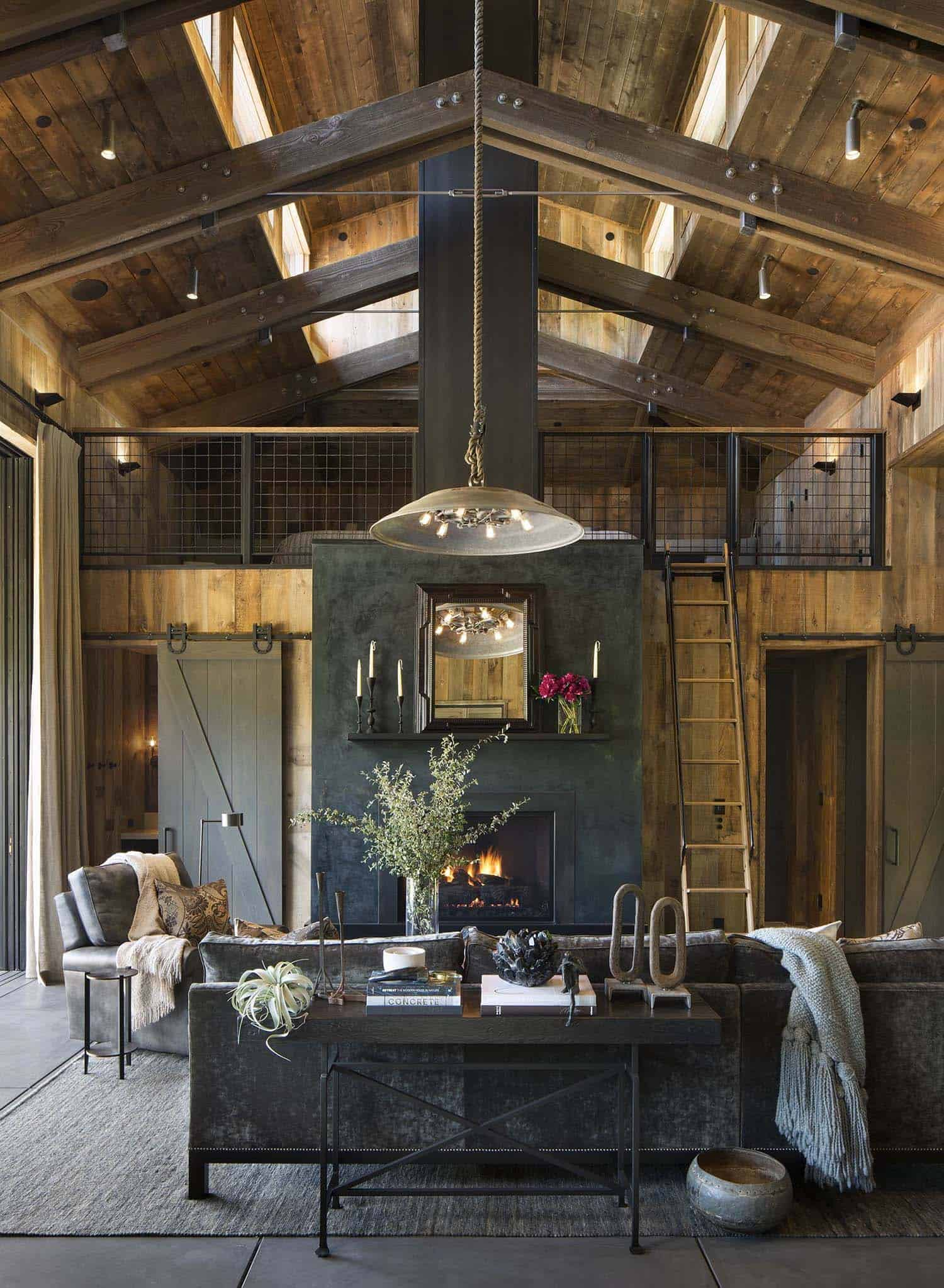 Maison de style ferme-Jennifer Robin Interiors-003-1 Kindesign