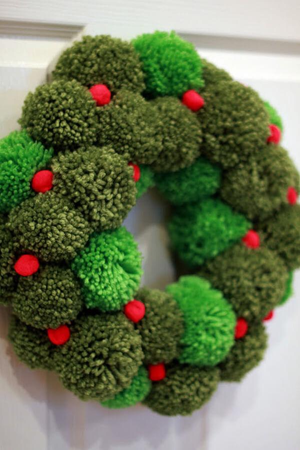 Couronne de Pom Pom verte fabriquée à la main