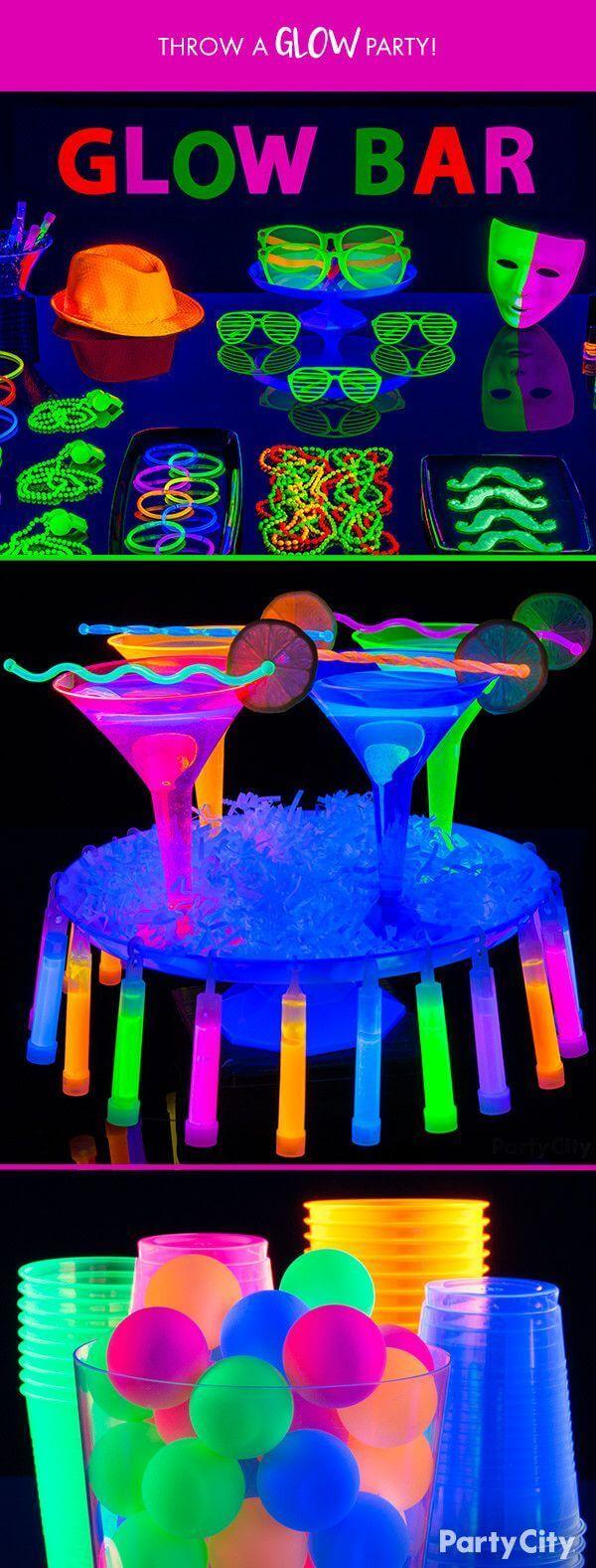 Embellissez votre bar avec des tasses et des verres lumineux
