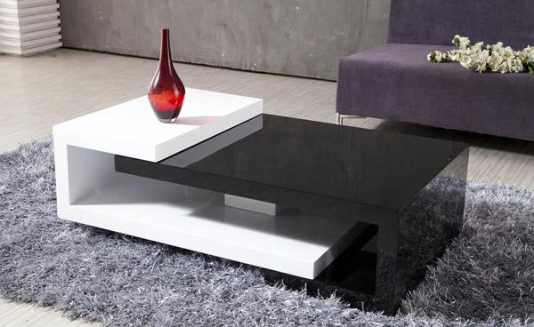 Table en bois élégante