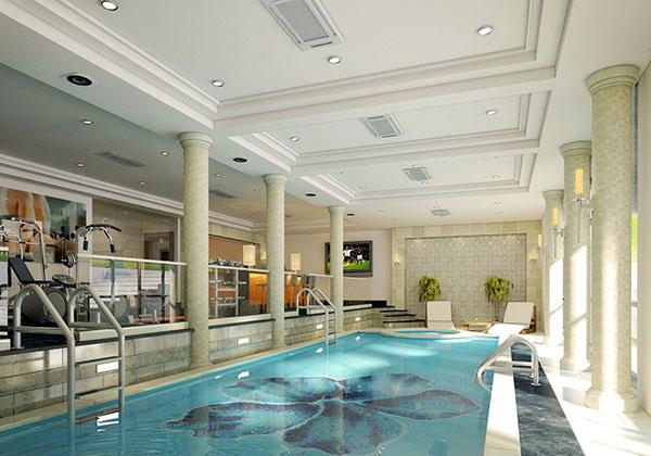 piscine intérieure du sous-sol