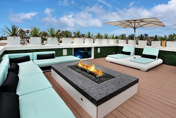 Terrasse sur le toit de la maison T