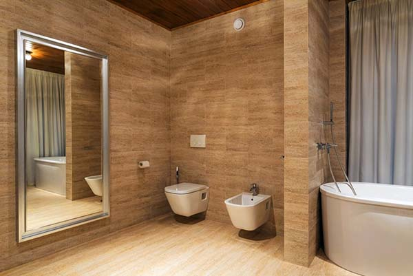 salle de bain toilettes en céramique