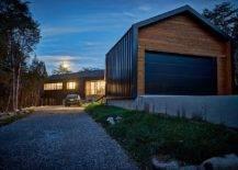 Entrée-et-allée-menant-à-la-belle-moderne-Holston-River-House-67820-217x155