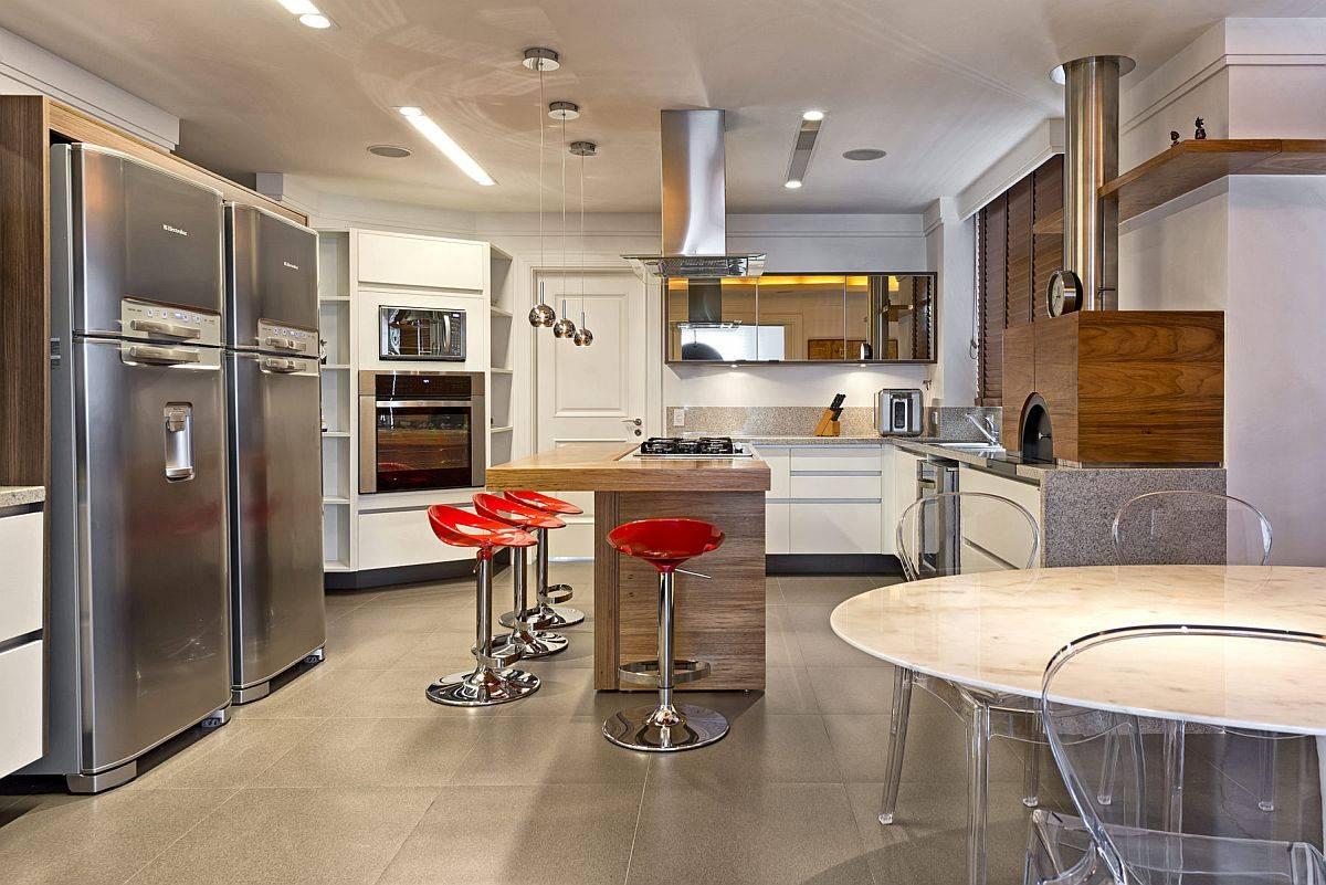 Cuisine-moderne-spacieuse-et-ouverte-pour-la-maison-contemporaine-86424