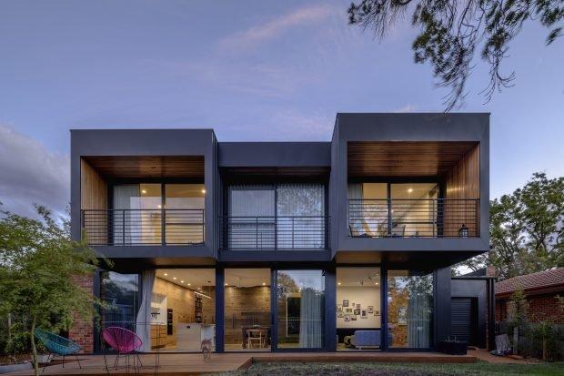 Maison Hackett, Canberra.  Architecture et intérieurs par Ben Walker Architects, construit par Ewer Constructions, photographie architecturale par The Guthrie Project.